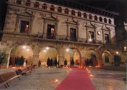 Ajuntament de Valderrobres de nit