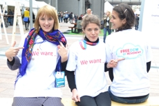 Image of supporters wearing EDF Freedom of Movement t-shirts